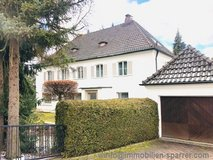 Nothing ordinary, but something extraordinary! Spacious detached house in villa style in an exce... in Grafenwoehr, GE