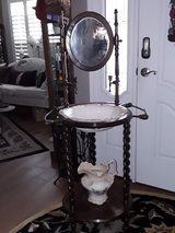 Vintage Sink Bowl Stand in Fairfield, California