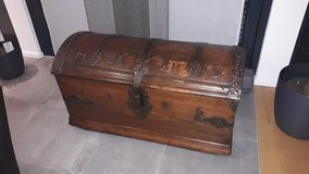 Rare antique ironbound trunk dated 1786 made for a dentist (MCHD) in Spangdahlem, Germany