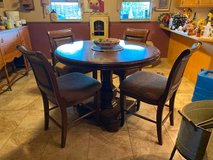 Dining Room Table and 4 Chairs Bar height in Alamogordo, New Mexico