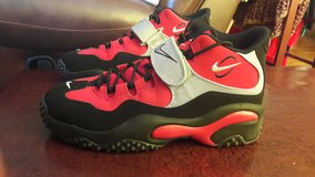 "NEW - Nike Air Zoom Turf  ""Barry Sanders"" Size 12 in Fort Leonard Wood, Missouri"