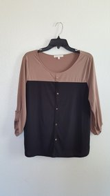 G kollection black/tan blouse in Dyess AFB, Texas