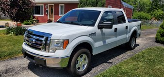 Ford F150 4x4 in Plainfield, Illinois