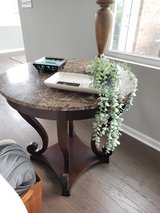 Marble end table in Bolingbrook, Illinois