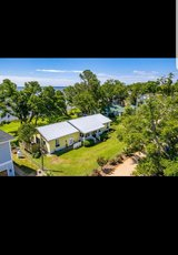 Gorgeous waterfront home located directly on Bogue Sound. *No HOA*?? in Cherry Point, North Carolina
