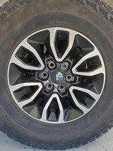Set of 4 Ford F150 SVT Raptor wheels with tires excellent condition in Alamogordo, New Mexico