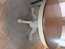 42 inch round dining table in Kingwood, Texas