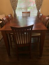Dining room table and chairs in Quantico, Virginia