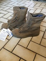 Size 10.5R Coyote Brown Combat Boots in Ramstein, Germany