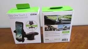 Dashboard Mount for Phone in Naperville, Illinois
