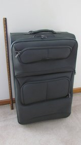 X-Large Samsonite Suitcase #2 in Oswego, Illinois