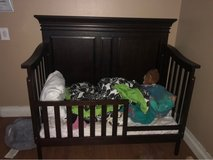 Crib&Toddler Bed (Like New) in Fairfield, California
