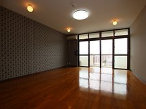 Apartment in Okinawa city(walking distance to kadena gate2) in Okinawa, Japan