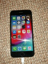 iphone 8 black 64gb (unlocked) in Ramstein, Germany