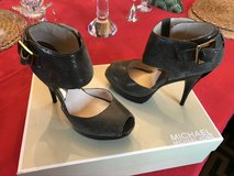 Michael Kors Shoes, Duffle in Ramstein, Germany