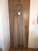 Maya Tall Dress, Brand New - Never Worn in Ramstein, Germany