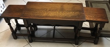 Jaycee Furniture Old Charm Antique Nesting Tables. Solid Oak. Made in England. in Kingwood, Texas