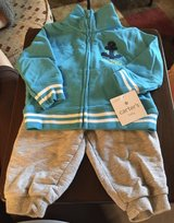 NWT 6 Month Sweatsuit in St. Charles, Illinois