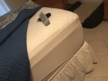 Beautyrest Adjustable mattress and box spring in Beaufort, South Carolina
