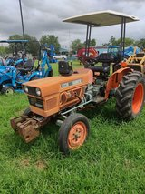 1986 KUBOTA L235 With 6ft Cutter included in Pasadena, Texas