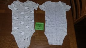 5 Baby clothes onesies in Moody AFB, Georgia