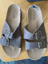Women's Sandals in Naperville, Illinois