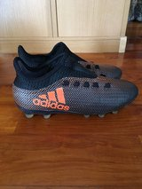 Adidas Soccer Cleats Men's US 6.5 in Okinawa, Japan