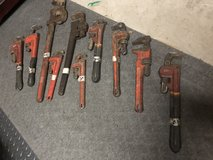 8 Pipe Wrenches in Naperville, Illinois