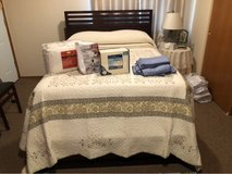 Beautiful Full Size Bed in Fort Lewis, Washington