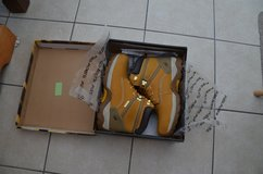 Mens boots Genuine Suede Leather,UK size 9 Lace Up Waterproof Safety in Lakenheath, UK