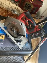 Milwaukee 7 1/4 circular saw with battery and charger in Lackland AFB, Texas