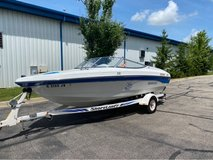 1994 Rinker 180. Boat excellent condition runs great in Naperville, Illinois