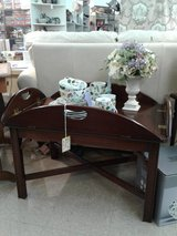 Tea Table Coffee Table (Drop Leaf Sides) #879-299 in Camp Lejeune, North Carolina