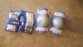 Bicycle Knee and Elbow guards for young boy in Oswego, Illinois