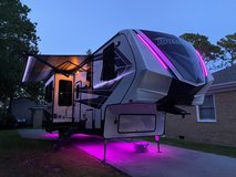 2020 MOMENTUM BY GRAND DESIGN, TOY HAULER, 5TH WHEEL, MUST SEE in Wilmington, North Carolina