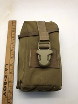 USMC Issued Padded Rifle Optic Pouch NVG ACOG Coyote Eagle Industr in Camp Pendleton, California
