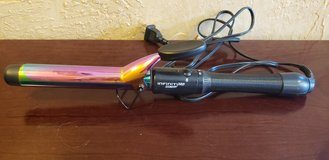Conair Infiniti Pro Rainbow Curling Iron in Naperville, Illinois