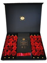 Rosenbox with 30 x infinity roses (can stay fresh up to 1-3 year) of Diamonia Rose. Exceptional ... in Ramstein, Germany