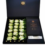 XL Rosebox with fresh roses. Exceptional Gift in Ramstein, Germany