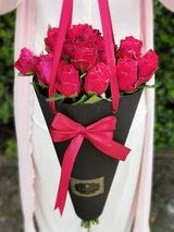 Magical Blumen Bag with fresh roses in Ramstein, Germany
