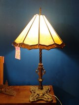 Antique Lamp w/Stained Glass Shade (Crack) #2218-175 in Camp Lejeune, North Carolina