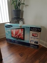 "32"" Samsung HD LCD TV in Camp Pendleton, California"