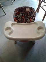 Fisher Price Table Top High Chair #2274-203 in Camp Lejeune, North Carolina