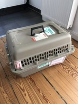 Free dog carrier in Ramstein, Germany