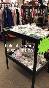 Lots of Jewerly in Fort Leonard Wood, Missouri