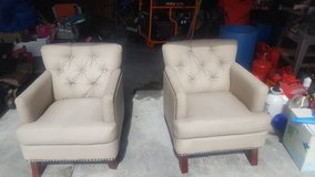 Accent chairs in Camp Lejeune, North Carolina
