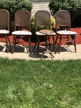 chairs -set of 4 in Naperville, Illinois