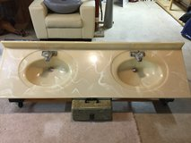 Cream marble  (USA) double sink w/faucets, excellent condition in Fairfax, Virginia