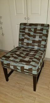 Accent Chair w/ 2 Matching Pillows in Okinawa, Japan