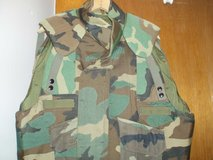 US Genuine Issue W.land Camo Body Fragmentation Protective Flak Vest Extr Large in Naperville, Illinois